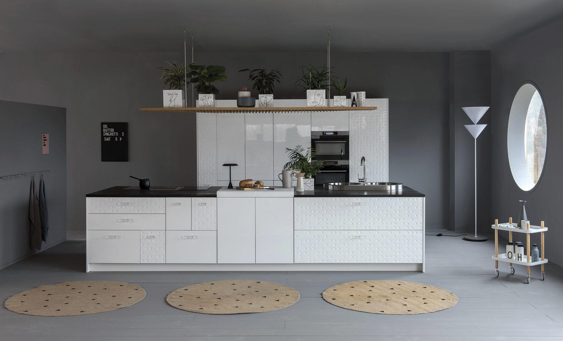 Cucina moderna / in laminato / con isola / laccata - MESA - SCHIFFINI