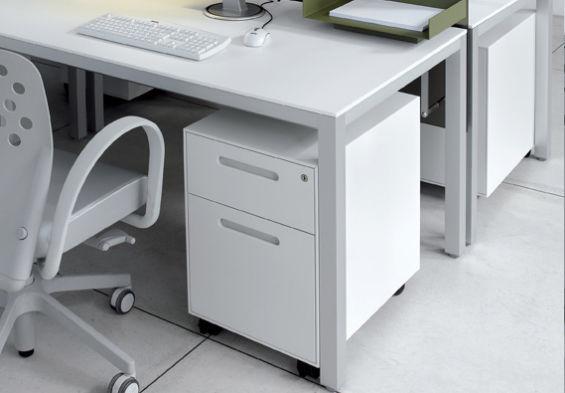 Cassettiera Ufficio In Metallo : Cassettiera per ufficio in metallo cassetti con rotelle a