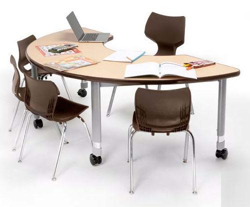 Tavolo Di Lavoro English : Tavolo da lavoro moderno in laminato a mezzaluna per scuola