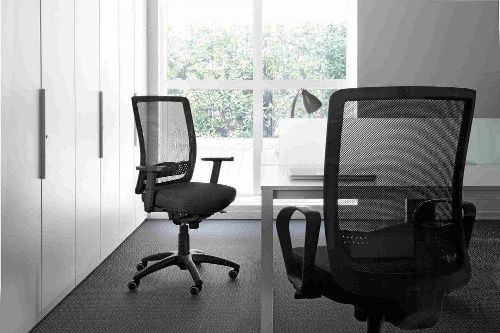 Sedie Ufficio Vaghi : Poltrona da ufficio moderna in metallo in rete con rotelle