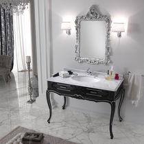 bagno in stile barocco in legno massiccio