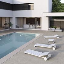 Intonaco decorativo / per esterni / per pavimento / a base di cemento
