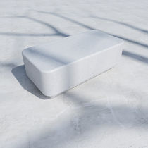 Tavolino basso moderno / in calcestruzzo fibrorinfrozato / rettangolare / da esterno