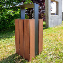 Pattumiera pubblica / in metallo / in legno / moderna