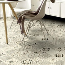 Pavimento in vinile / residenziale / a quadrotte / a doghe