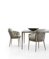 Sedia moderna / con braccioli / impilabile / con cuscino rimovibile