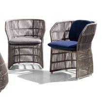 Sedia moderna / con braccioli / in tessuto / in polietilene