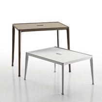 Tavolo d'appoggio moderno / in iroko / in ghisa di alluminio / rettangolare