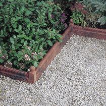 Cordolo da giardino / in calcestruzzo / in pietra ricostituita