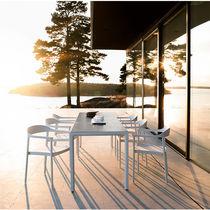 Sedia moderna / con braccioli / in Batyline® / in alluminio