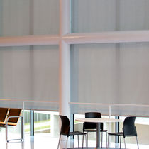 Tessuto per protezione solare / a tinta unita / contract / per esterni