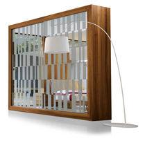 Armadio moderno / in noce / con porta scorrevole / a specchio