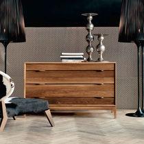 Cassettone moderno / in legno massiccio / marrone
