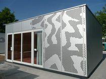 Rivestimento di facciata in lamiera / in metallo / perforato / in pannelli