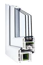 Finestra a battente / in PVC / a tripli vetri / a taglio termico