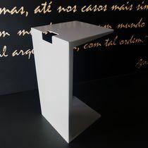 Tavolo d'appoggio moderno / in alluminio / in alluminio termolaccato / da esterno
