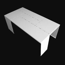 Tavolo d'appoggio design originale / in alluminio laccato / rettangolare / da esterno