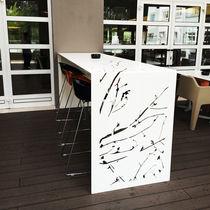 Tavolo da pranzo design originale / in alluminio / in alluminio termolaccato / rettangolare