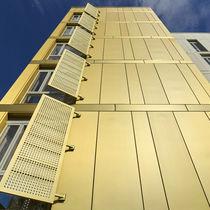 Rivestimento di facciata in zinco / con scanalature / in pannelli