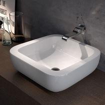 Lavabo da appoggio / rettangolare / in ceramica / moderno