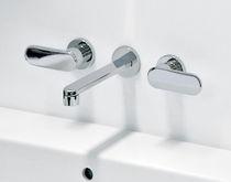 Miscelatore doppio comando per lavabo / da parete / in ottone / in metallo cromato