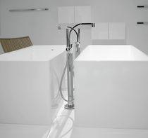 Miscelatore per vasca / a pavimento / in metallo cromato / in ottone