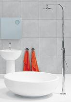 Colonna doccia con doccia a mano