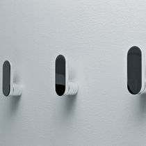 Appendiabiti da parete moderno / in ottone / in metallo cromato / triplo
