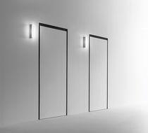 Applique moderna / in alluminio estruso / LED / lineare
