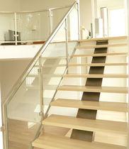 Scala dritta / con gradini in legno / con struttura in metallo / senza alzata