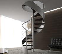 Scala a chiocciola / con gradini in legno / con struttura in acciaio / senza alzata