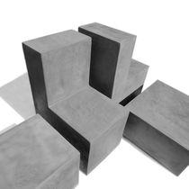 Sedia da giardino moderna / in cemento
