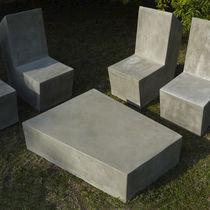 Tavolino basso moderno / in cemento / da esterno / da giardino