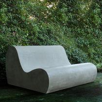 Divano design originale / da giardino / in cemento / 2 posti