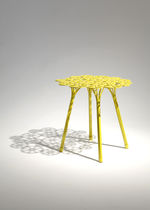 Tavolo d'appoggio design originale / in acciaio / rotondo / da interno