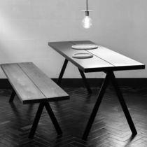 Set tavolo e panca classico / in metallo / in frassino / in legno massiccio