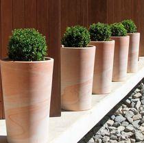 Vaso da giardino in terracotta / conico / rotondo