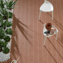Piastrella da esterno / da pavimento / in gres porcellanato / smaltata