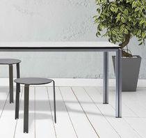 Tavolo moderno / in metallo / rettangolare