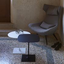 Tavolino basso moderno / in acciaio laccato / rotondo / quadrato