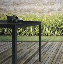 Tavolo moderno / in acciaio laccato / in alluminio / rettangolare