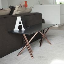 Tavolino basso moderno / in vetro temprato / in alluminio / in acciaio galvanizzato