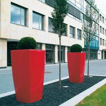 Vaso da giardino in polietilene rotostampato / conico / quadrato