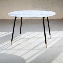 Tavolino basso moderno / in metallo / in Corian® / in faggio