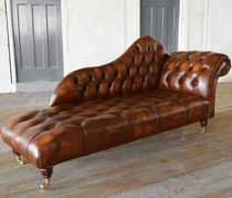 Chaise longue chesterfield / in pelle / con rotelle