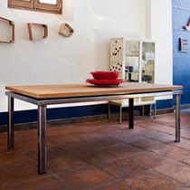 Tavolo moderno / in legno / in acciaio / in ferro