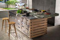 Cucina moderna / in acciaio inossidabile / in fibra di vetro / con isola
