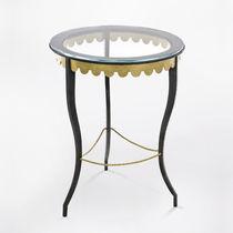 Tavolo d'appoggio classico / in vetro / in ferro modellato / in pelle