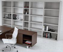 Libreria moderna / professionale / in melamminico / con ripiano