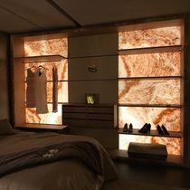 Cabina armadio da parete / moderna / in legno / con illuminazione incorporata